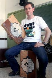 Pepe Leiva con su primer cajón desmontable